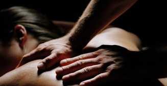 Разомни ее полностью: секреты массажа-прелюдии