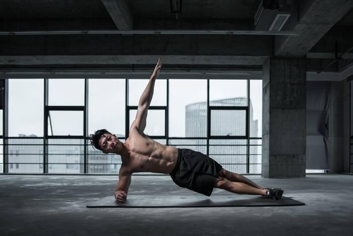Планка - едва ли не главное упражнение с собственным весом