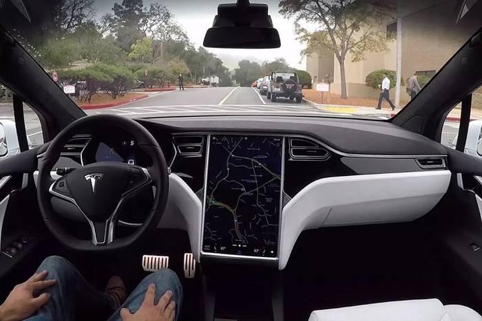 Tesla самостоятельными могут стать уже через 3-4 года