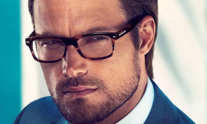 Мужчин в очках женщины находят умными и интеллигентными