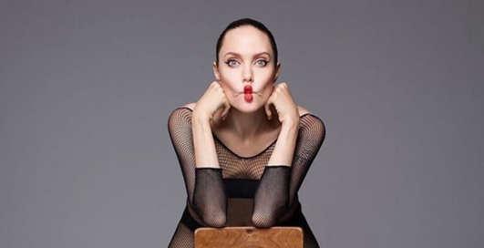 Дерзкая сердцем: Анджелина Джоли снялась голой для глянца