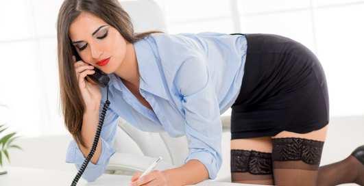 Не отходя от кассы: все за и против секса на работе