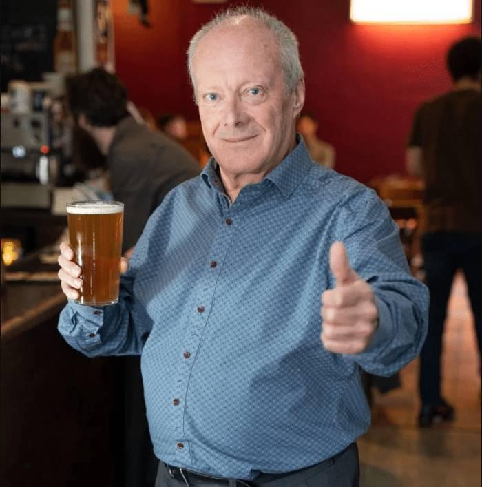 Это же как надо пиво любить, и пабы!