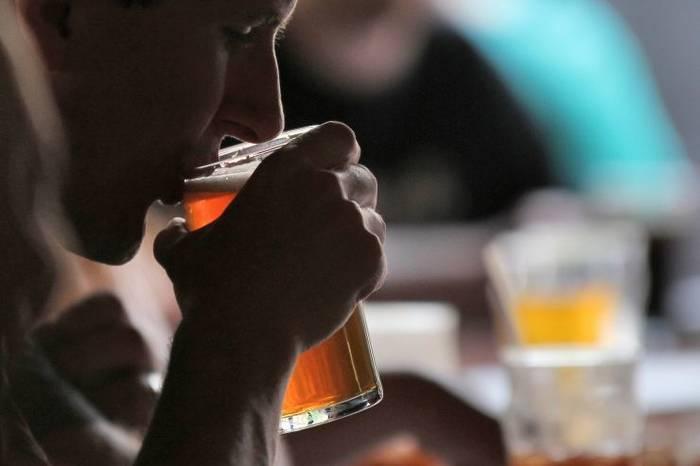 Пиво хорошо само по себе, а в коктейлях - неплохо оттеняет вкус