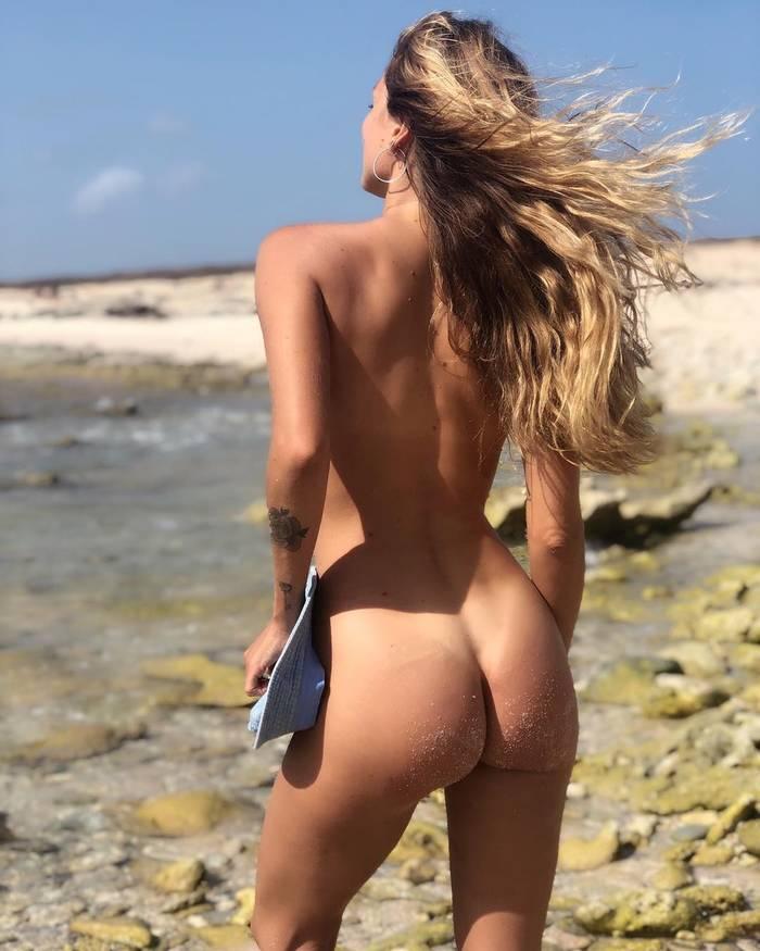 Бразильская модель-бесстыдница Присцила Учоа