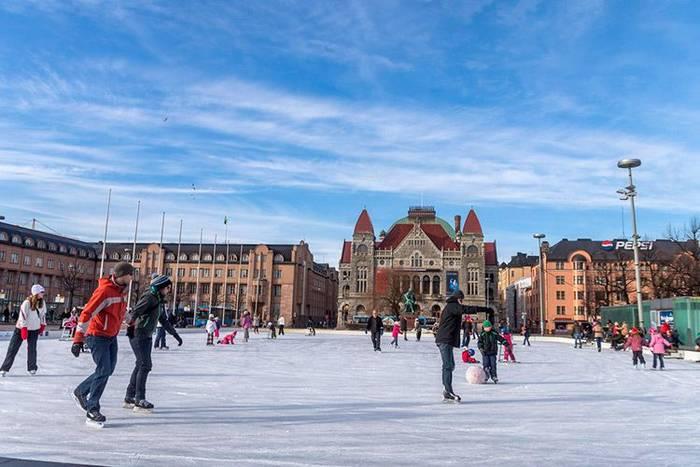 Железнодорожная площадь, Хельсинки