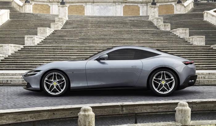 Купе Ferrari Roma - переднемоторное