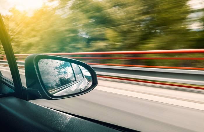 Автомобильные зеркала скоро уйдут в прошлое