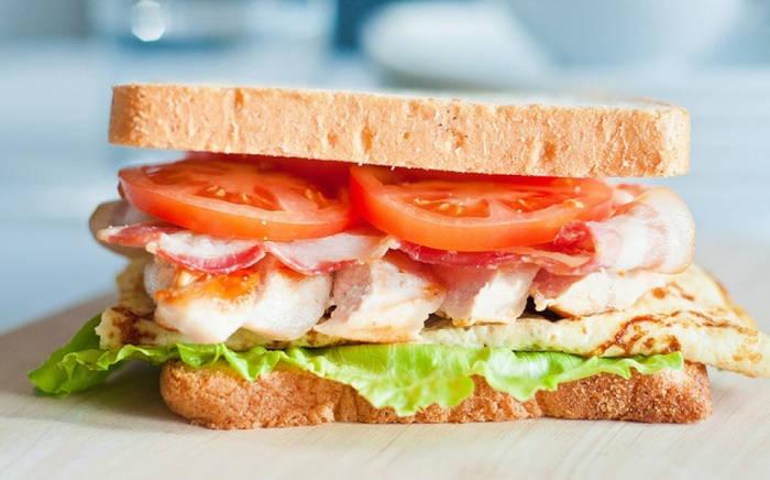 Помни: курица — мясо, в котором минимум холестерина. Она твоей фигуре не навредит