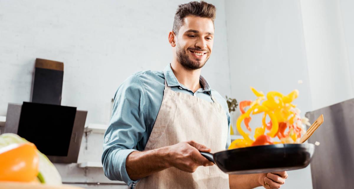 Как не обжечь руку при готовке: совет экспертов НЛО TV
