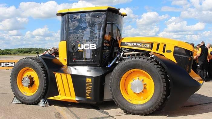 JCB Fastrac - рекордсмен среди тракторов по скорости