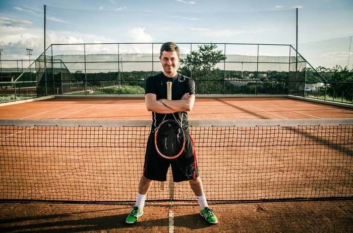 В теннис стоит играть ради активности - нигде столько азарта не бывает