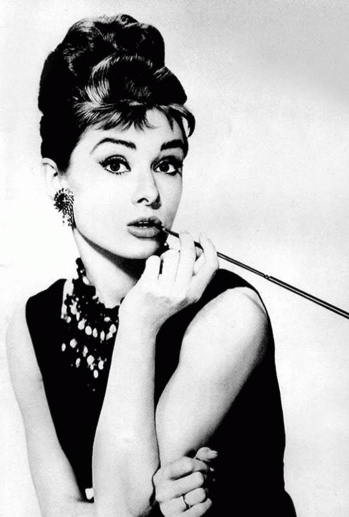 Бесподобная актриса Одри Хепберн знаменита на весь мир