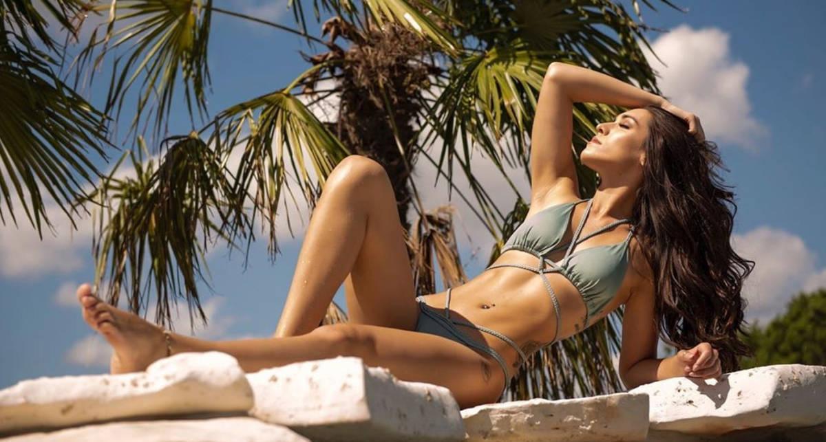 Красотка дня: модель, актриса и фанат MMA с ником Ava P