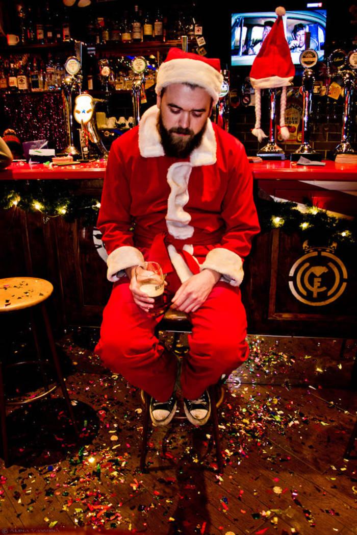 Нет новогоднего настроения — не топи тоску в бокале: будет хуже