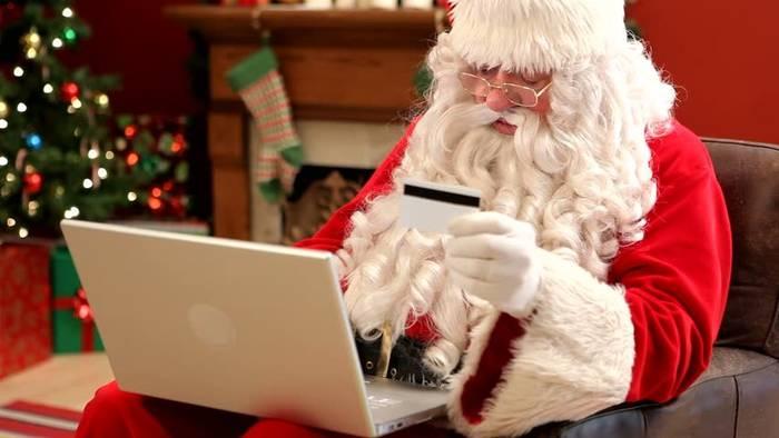 Даже Дед Мороз пользуется интернет-магазином. Чем ты хуже?