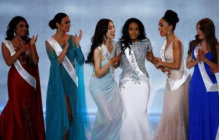 Она только что узнала, что стала Мисс Мира 2019