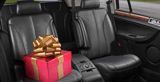 Подарки для автомобилиста: 8 лучших на Новый год 2020