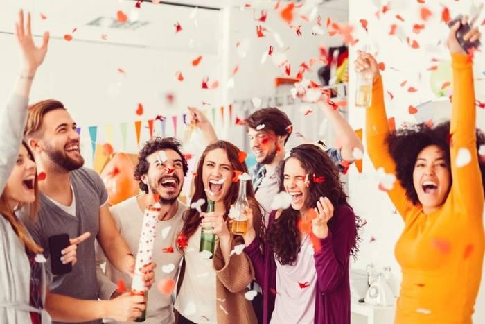 Офисная вечеринка не всегда так демократична и хороша, как кажется