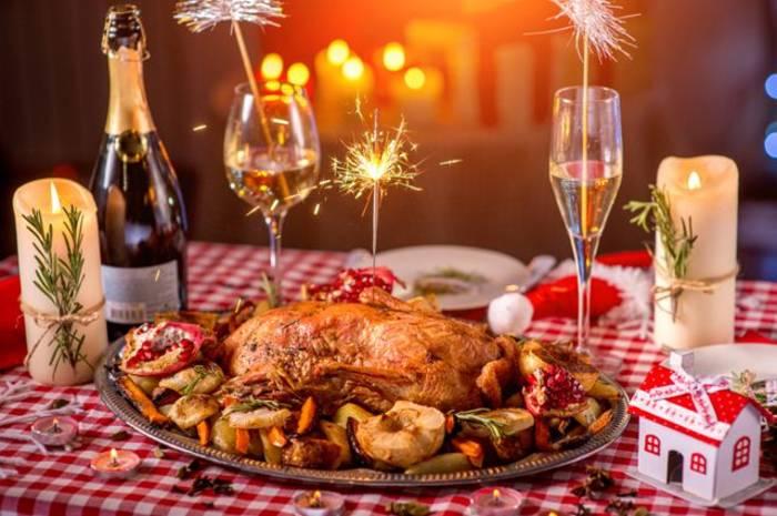 Новогодний стол - хороший повод нарушить диету. Но только если это с пользой