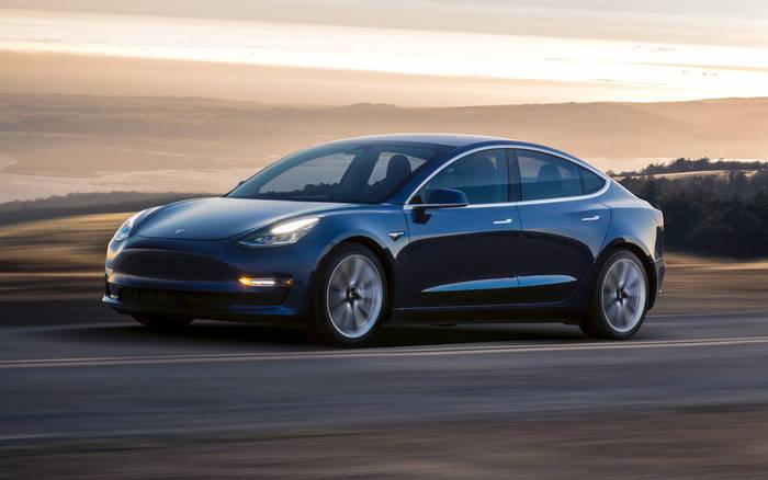 """Лоб в лоб на Tesla Model 3 лучше не """"встречаться"""""""