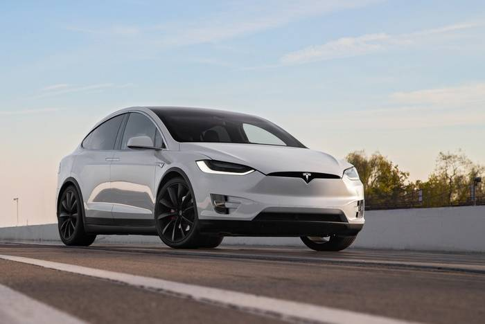 Tesla Model X. Самый безопасный электрический кроссовер 2019