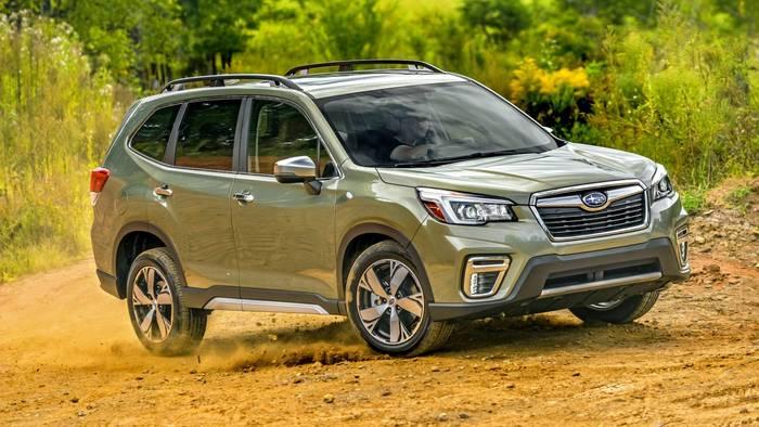 Subaru Forester. Оснащен 7 подушками безопасности + система автоматического торможения