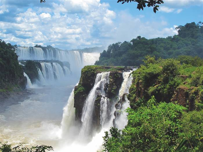 Водопад Игуасу - жемчужина Северной Аргентины