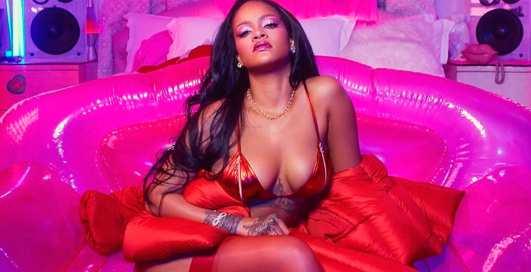 ТОП-10 самых сексуальных поп-певиц 2019