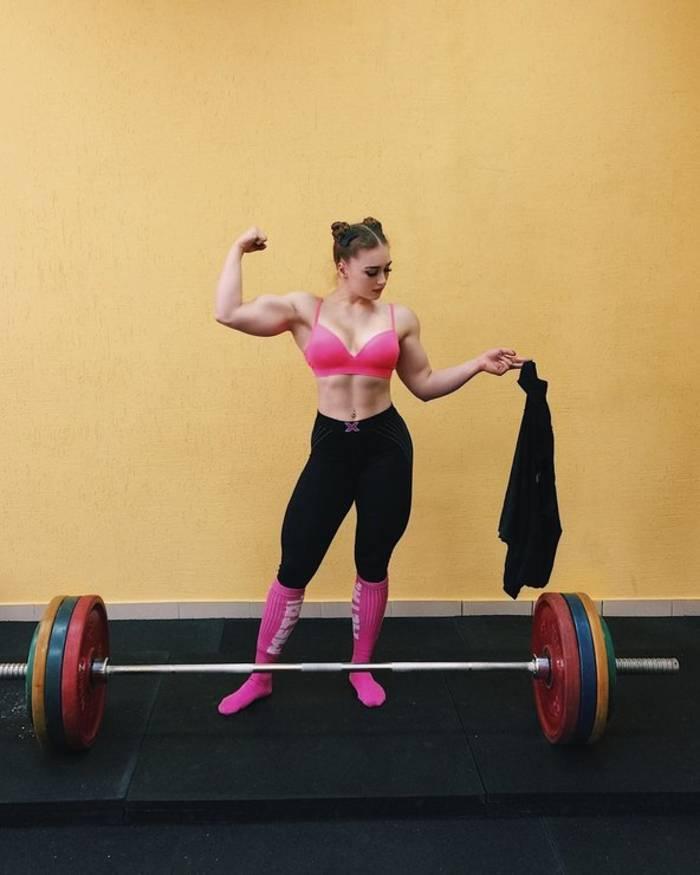 Юлия Винс. Барби с мускулами