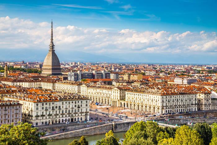 Турин — это 15 королевских резиденций + великое множество музеев. Культурный отдых гарантирован