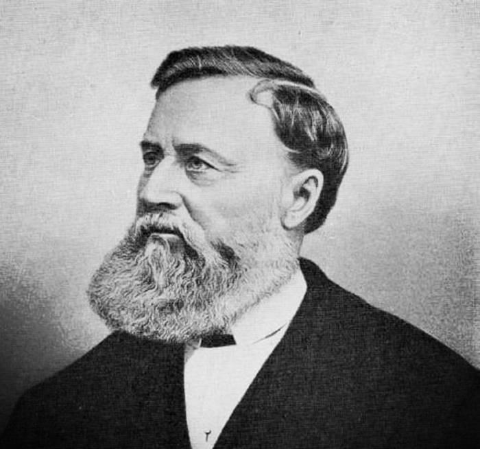 Исаак Зингер — американский изобретатель, «отец» швейной машинки