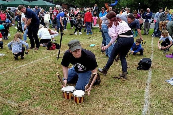 Заклинание червей - один из самых странных английских фестивалей