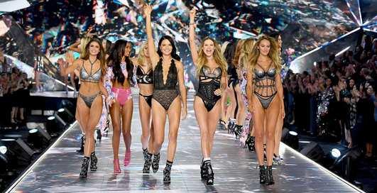 """Ад для """"ангелов"""": домогательства в Victoria's Secret стали объектом расследований The New York Times"""