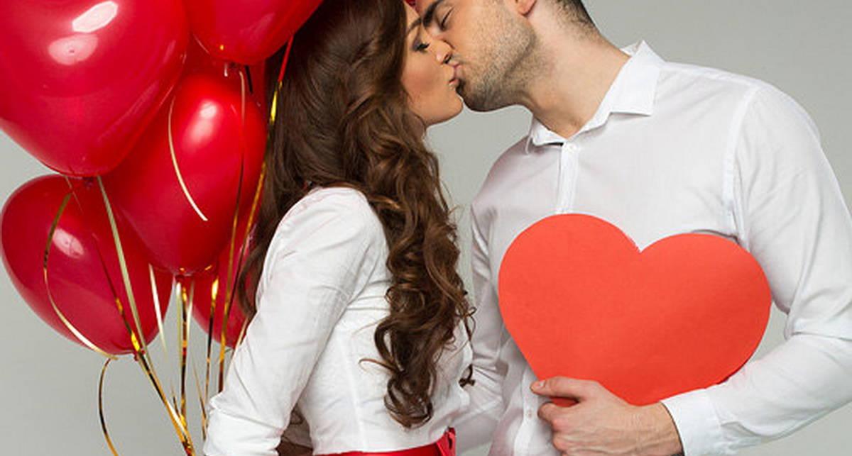 Только не открытка: идеи парных подарков ко Дню влюбленных