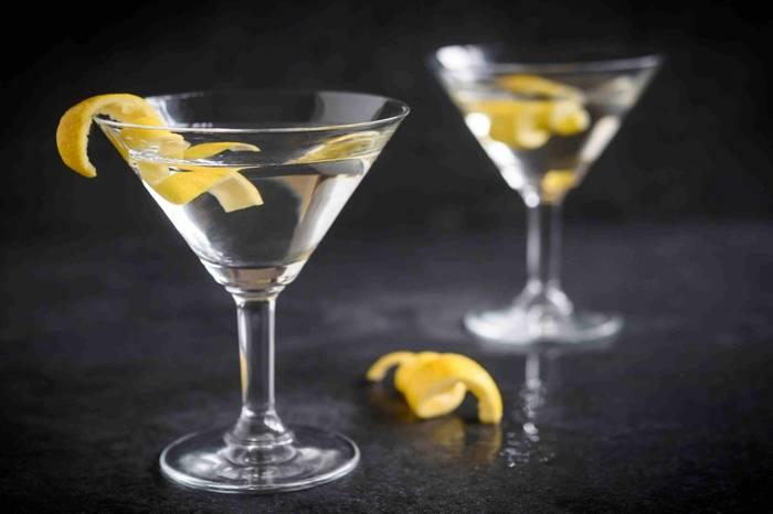 Напиток агента 007 содержит невероятное количество углеводов