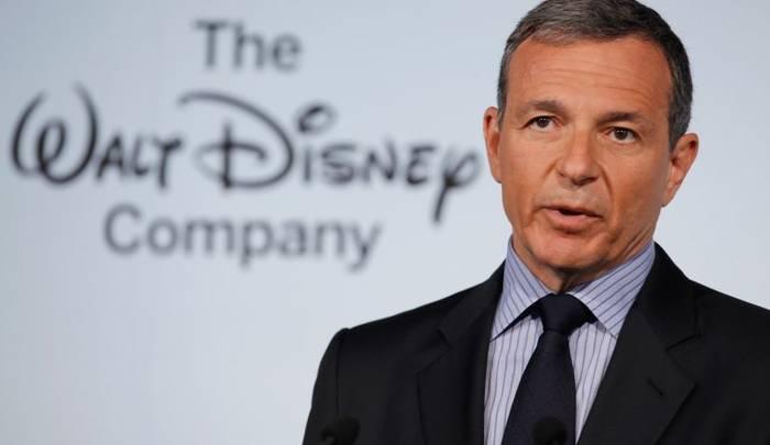 Глава Disney Боб Айгер. Зарабатывает годовую зарплату рядового сотрудника за 9,5 часов