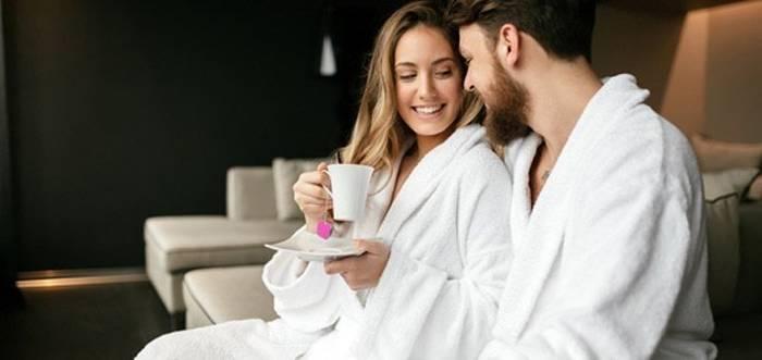 Сходить вместе в спа или баню - хороший, а главное здоровый способ отметить День влюбленных