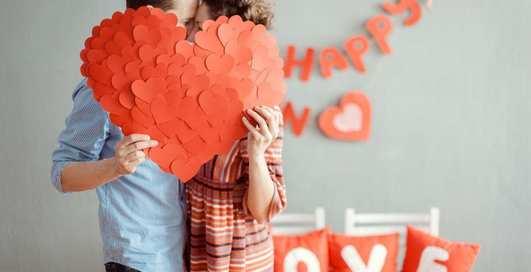 Выпить пива и вспомнить фейлы: 6 способов необычно провести День влюбленных
