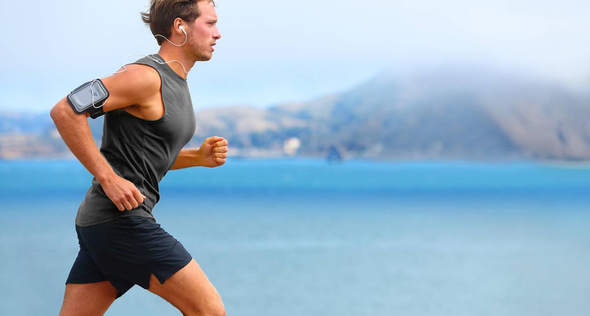 Беги ради мозга: как пробежки влияют на психологическое здоровье?