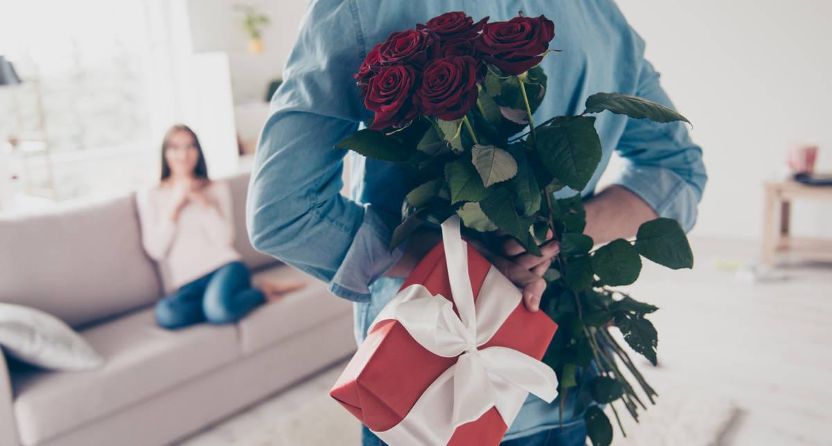 Девушке, маме, коллеге: какие подарки стоит приготовить к Международному женскому дню?