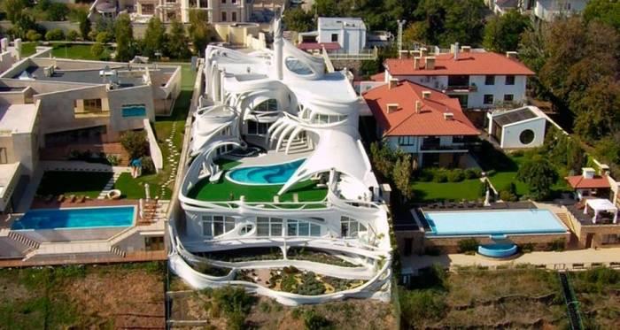 Дом-волна в Одессе