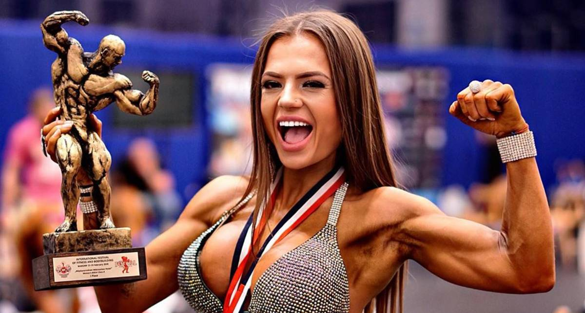 Красотка дня: победительница международного фестиваля по фитнесу и бодибилдингу 2020 Юлия Мишура