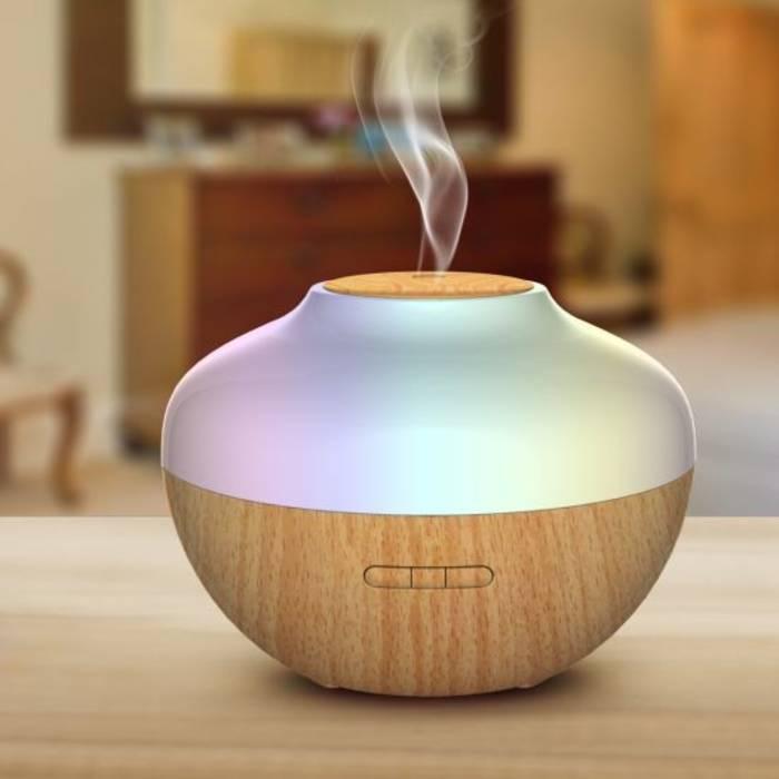 Аромадиффузор создаст приятную атмосферу в доме