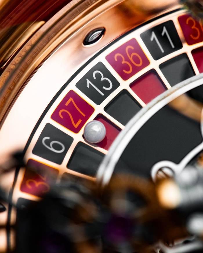Jacob & Co Astronomia Casino - кастомный хронометр, созданный специально для Дрейка