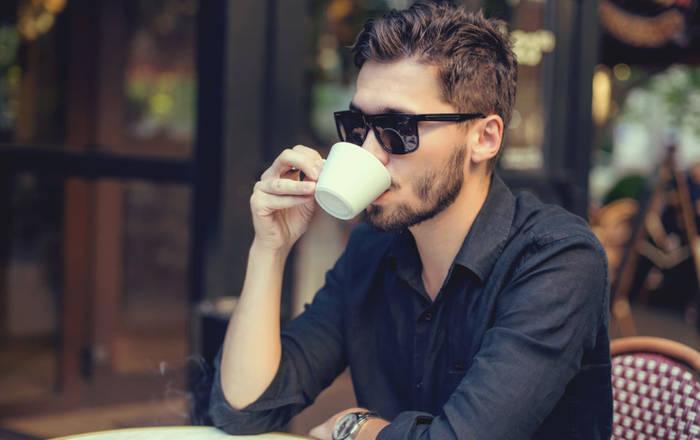 Хочешь хорошо спать ночью — заканчивай с кофе в районе полдника