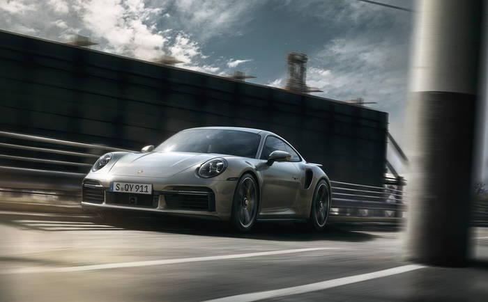 Porsche 911 Turbo нового поколения. Максимальная скорость - 330 км/ч