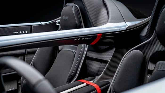 "Aston Martin V12 Speedster. Разработан силами подразделения ""Q by Aston Martin"""