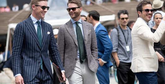 Хлопок и дышащие ткани: как выбрать мужской костюм для весны и лета?
