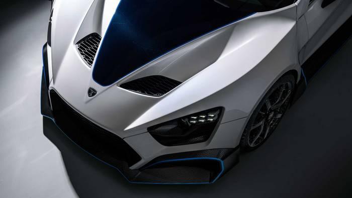 """Zenvo TSR-S 2020 имеет 7-ступенчатый """"ручник"""" с дорожным и гоночным режимами переключения передач"""